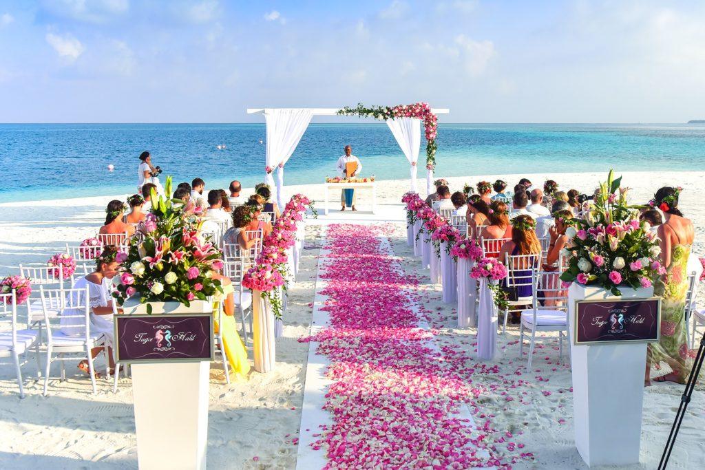 Hochzeitsplaner München - Mr. Right Chrissie Spiess - Brautpaar Hochzeitsplanung - Heiraten in München - Hochzeitszeremonie