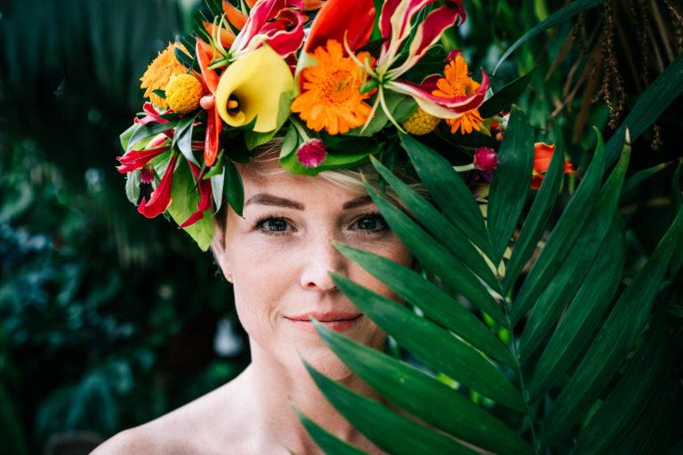 Hochzeit tropical Wedding Hochzeitsplaner München Braut Flowercrown