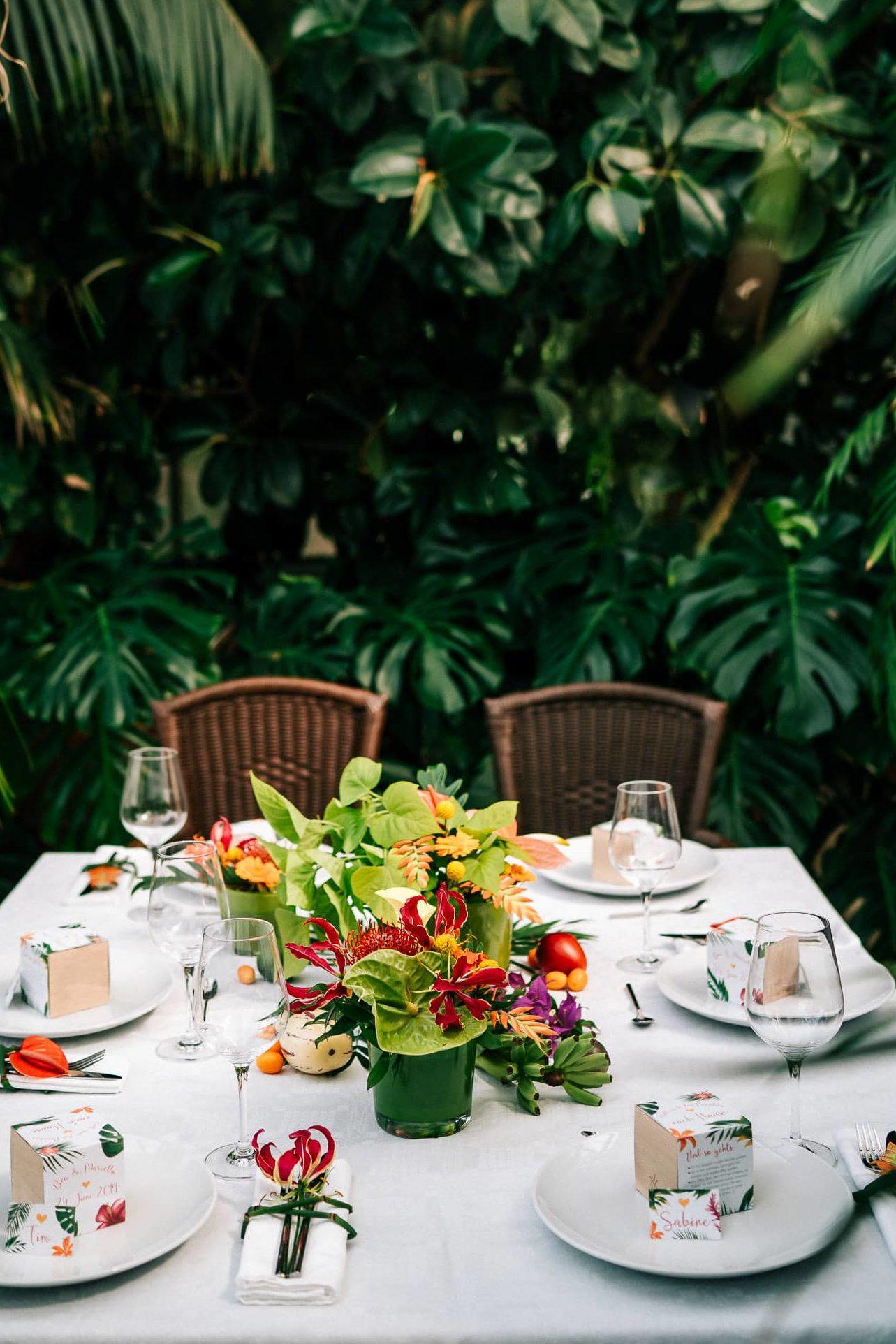Hochzeitslocation München Hochzeitsplaner Hochzeit tropisch cool besonders urban modern