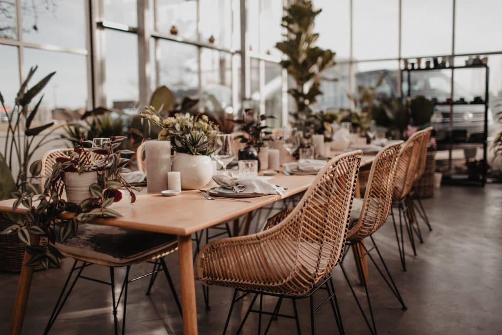 Topfpflanzen Hochzeitskonzept Tischdekoration Boho Nachhaltig Heiraten Platzkarten Hochzeitsplaner