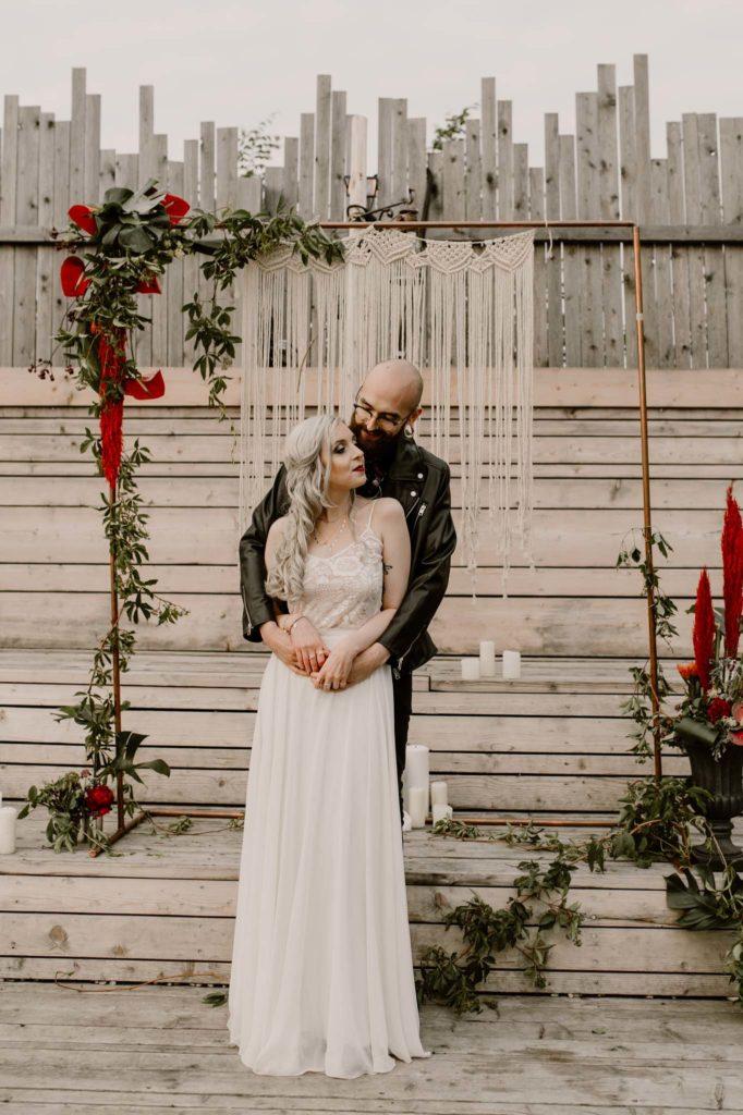 freie Trauung Brautpaar Styled Shoot Brautpaarshooting