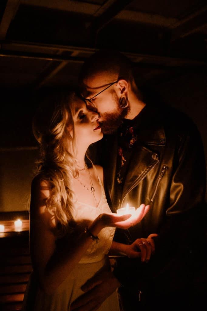 Hochzeitsplaner Mottohochzeit Brautpaar Styled Shoot Grunge Alternativ