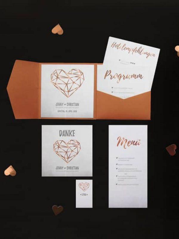 Papeterie Polygon - Hochzeitsplaner München - Mr. Right Chrissie Spiess - Brautpaar Hochzeitsplanung - Heiraten in München